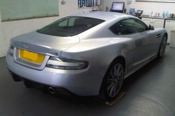 Aston-martin 3