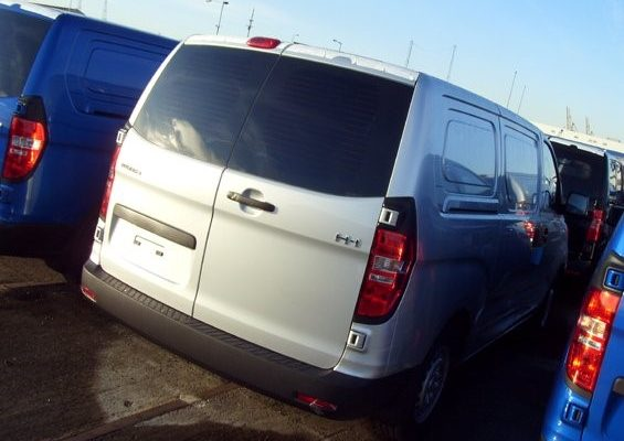 Hyundai Van Window Tints