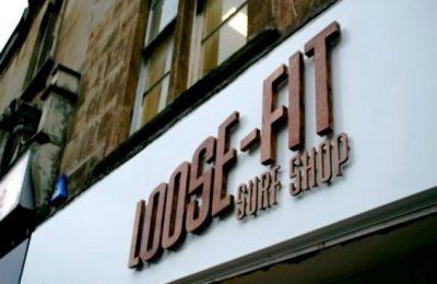 LOOSE FIT SURF SHOP