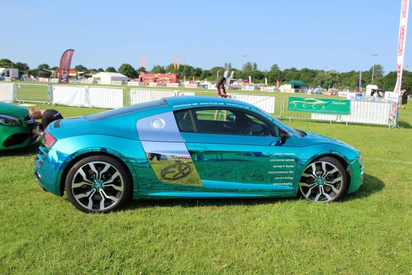 Company Audi R8 V10 Wrapped In Blue Chrome 4