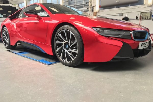 RED CHROME BMW I8 BY CREATIVE FX BASED IN BROMLEY 1