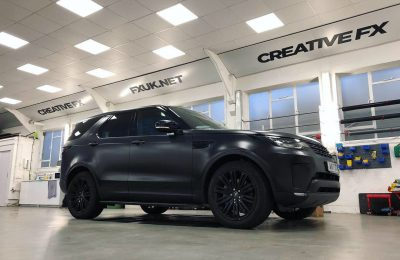 FULL SATIN BLACK WRAP – LAND ROVER DISCOVERY