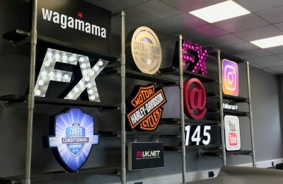 SIGNAGE DISPLAY – CREATIVE FX