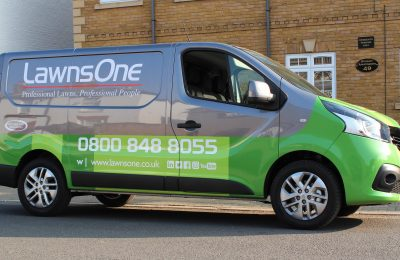 COMMERCIAL LIVERY & PARTIAL WRAP – LAWNS ONE