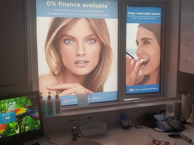 INTERNAL WINDOW GRAPHICS – GREEN LANE DENTAL
