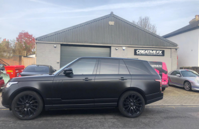 RANGE ROVER – SATIN BLACK FULL WRAP