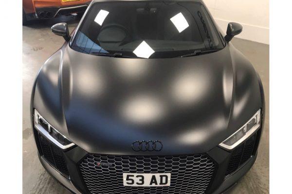 Audi R8 Satin 2